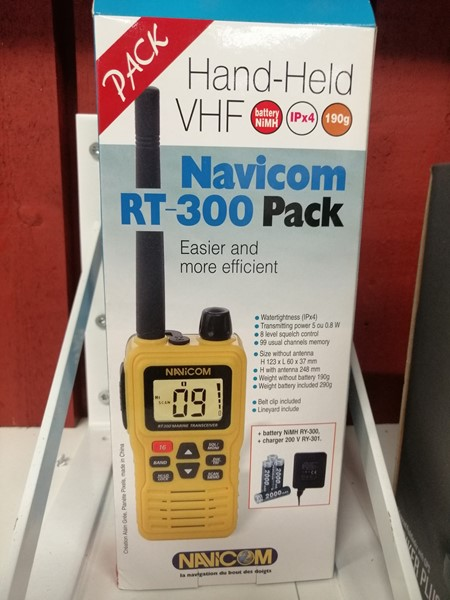 Navicom RT300 VHF